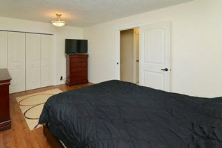 Photo 13: 139 CASTLEGLEN Road NE in Calgary: Castleridge House for sale : MLS®# C4170209