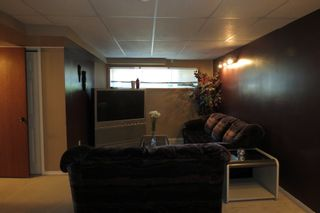 Photo 15: 28 Rothshire Drive in Winnipeg: Transcona Residential for sale ()