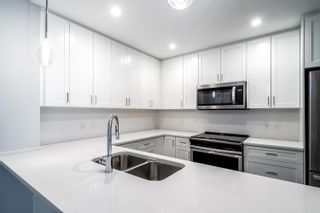 """Photo 4: 4620 2180 KELLY Avenue in Port Coquitlam: Central Pt Coquitlam Condo for sale in """"Montrose Square"""" : MLS®# R2613979"""