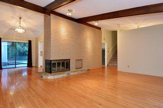 "Photo 11: 12363 NEW MCLELLAN Road in Surrey: Panorama Ridge House for sale in ""Panorama Ridge"" : MLS®# F1424205"