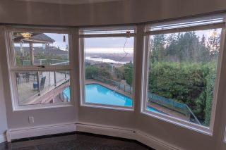 Photo 5: 1366 CAMMERAY Road in West Vancouver: Chartwell House for sale : MLS®# R2526602