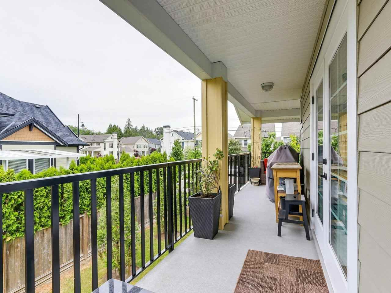 """Photo 17: Photos: 31 17171 2B Avenue in Surrey: Pacific Douglas Townhouse for sale in """"AUGUSTA TOWNHOUSES"""" (South Surrey White Rock)  : MLS®# R2280398"""
