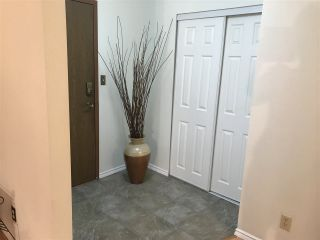 """Photo 3: 103 15317 THRIFT Avenue: White Rock Condo for sale in """"The Nottingham"""" (South Surrey White Rock)  : MLS®# R2336892"""