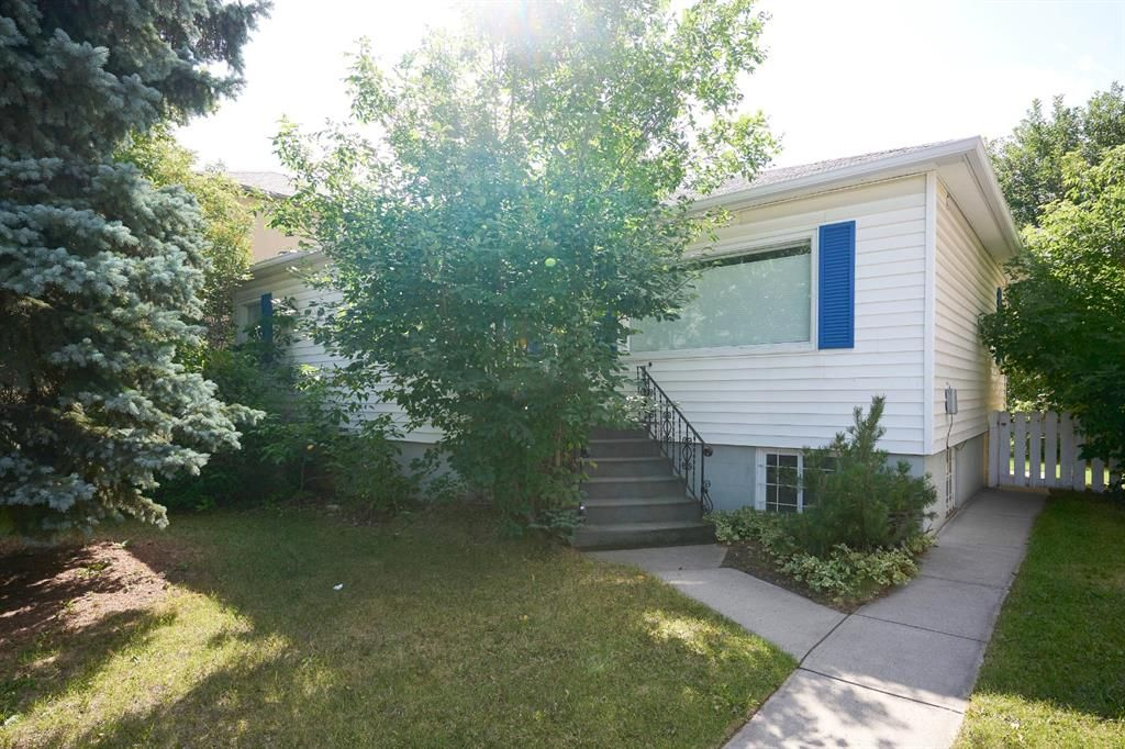 Main Photo: 909 22 Avenue NW in Calgary: Mount Pleasant Detached for sale : MLS®# A1141521