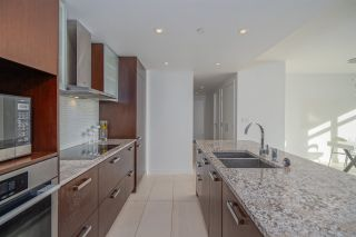 """Photo 7: 3301 1028 BARCLAY Street in Vancouver: West End VW Condo for sale in """"PATINA"""" (Vancouver West)  : MLS®# R2529159"""