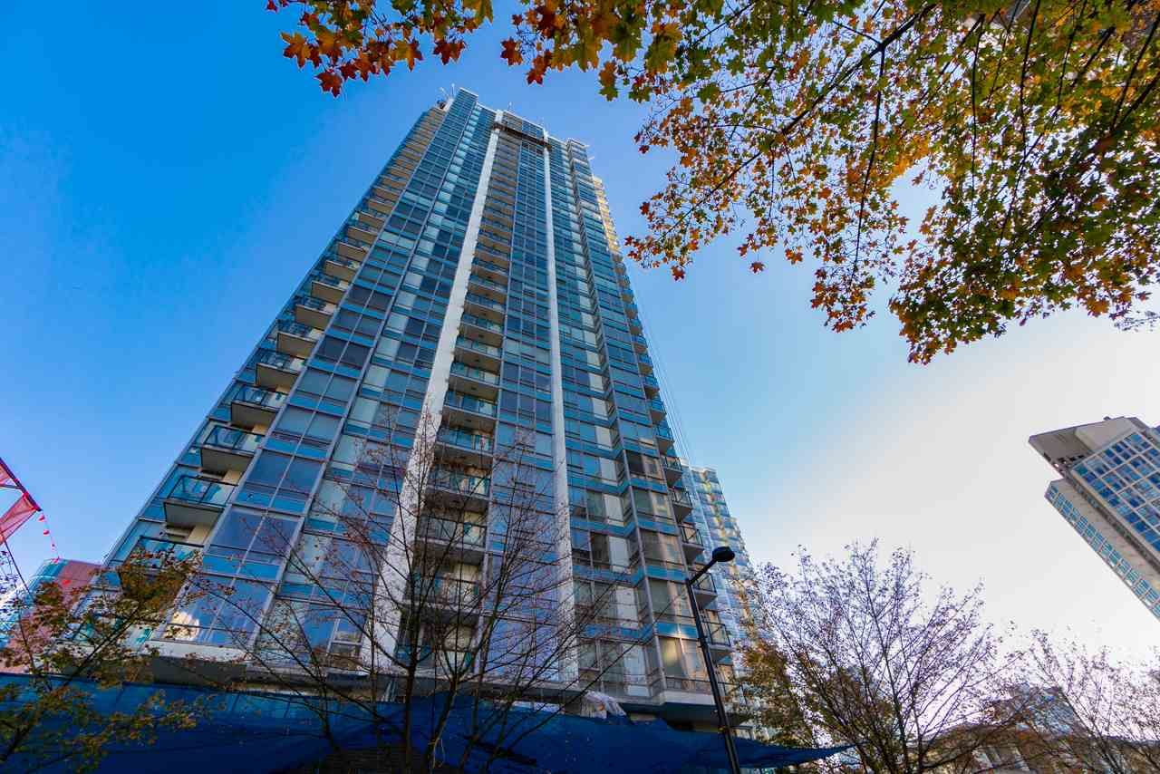 "Main Photo: 3602 928 BEATTY Street in Vancouver: Yaletown Condo for sale in ""THE MAX"" (Vancouver West)  : MLS®# R2541122"