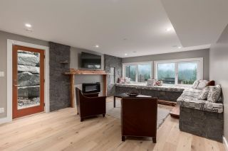 """Photo 3: 2205 CRUMPIT WOODS Drive in Squamish: Plateau House for sale in """"CRUMPIT WOODS"""" : MLS®# R2583402"""