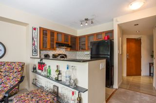 Photo 3: 303 55 ALEXANDER Street in Vancouver: Downtown VE Condo for sale (Vancouver East)  : MLS®# R2369705