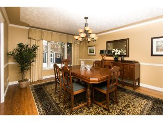 Photo 10: 619 WILDERNESS Drive SE in Calgary: Willow Park House for sale : MLS®# C4101330
