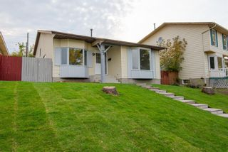 Main Photo: 72 Berkshire Court NW in Calgary: Beddington Heights Detached for sale : MLS®# A1146455