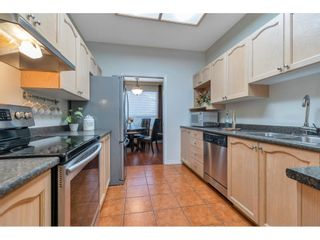"""Photo 8: 55 10038 150 Street in Surrey: Guildford Townhouse for sale in """"MAYFIELD GREEN"""" (North Surrey)  : MLS®# R2623721"""
