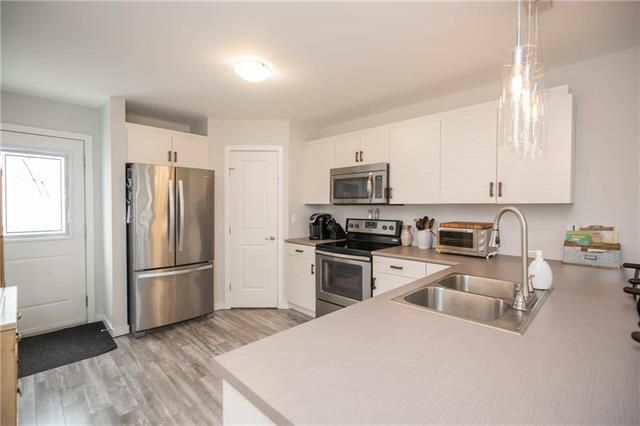 Photo 7: Photos: 19 Havelock Avenue in Winnipeg: Residential for sale (2D)  : MLS®# 1910616