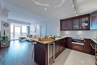 Photo 6: 812 15 Stollery Pond Crescent in Markham: Angus Glen Condo for sale : MLS®# N5280028