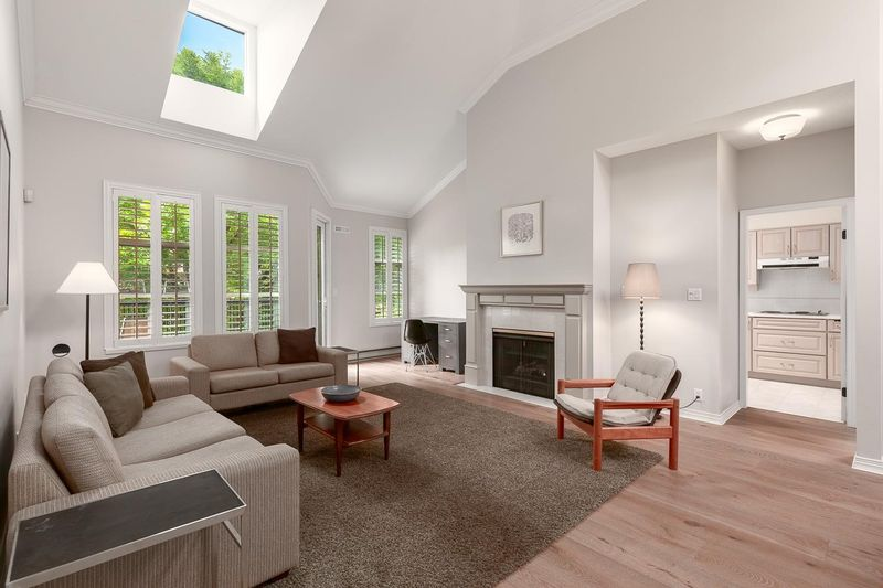 FEATURED LISTING: 322 - 3769 7TH Avenue West Vancouver