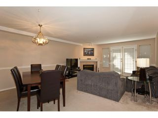 """Photo 4: 36 19160 119TH Avenue in Pitt Meadows: Central Meadows Townhouse for sale in """"WINDSOR OAK"""" : MLS®# V898835"""