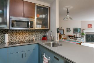 """Photo 9: 317 555 W 14TH Avenue in Vancouver: Fairview VW Condo for sale in """"CAMBRIDGE PLACE"""" (Vancouver West)  : MLS®# R2213308"""