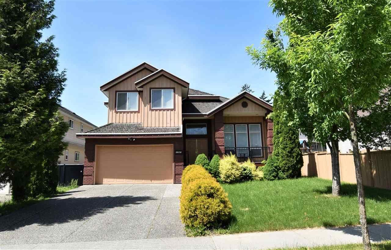Main Photo: 8287 158 Street in Surrey: Fleetwood Tynehead House for sale : MLS®# R2175417