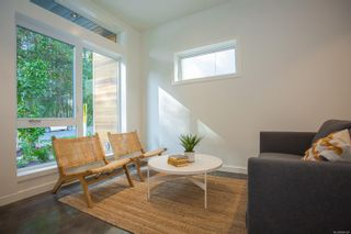 Photo 3: 3094 107th St in : Na Uplands Row/Townhouse for sale (Nanaimo)  : MLS®# 864124