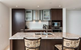 """Photo 2: 3305 1028 BARCLAY Street in Vancouver: West End VW Condo for sale in """"PATINA"""" (Vancouver West)  : MLS®# R2237109"""