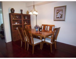 """Photo 4: 2 8415 CUMBERLAND Place in Burnaby: The Crest Townhouse for sale in """"ASHCOMBE"""" (Burnaby East)  : MLS®# V788857"""