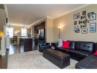 """Photo 7: 48 18983 72A Avenue in Surrey: Clayton Townhouse for sale in """"THE KEW"""" (Cloverdale)  : MLS®# R2152355"""