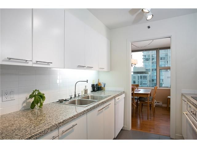 Photo 5: Photos: 1210 1500 HORNBY Street in Vancouver: Yaletown Condo for sale (Vancouver West)  : MLS®# V993078