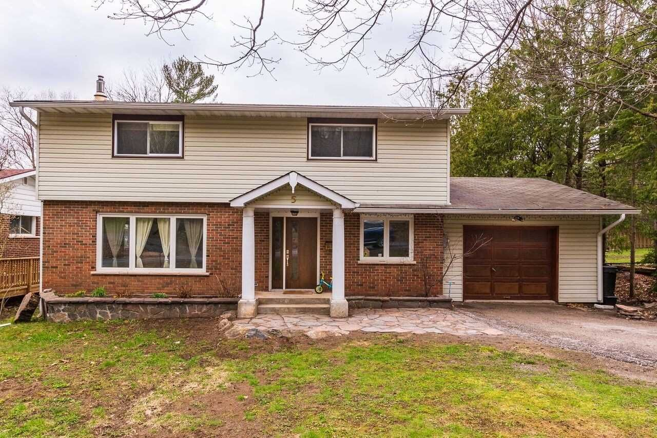 Photo 2: Photos: 5 Waubuno Road in Parry Sound: House (2-Storey) for sale : MLS®# X4488183