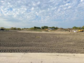 Photo 1: 45 ZACHARIAS Drive in Rosenort: Vacant Land for sale : MLS®# 202122526