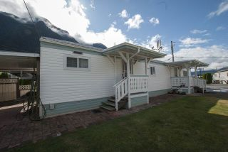 """Photo 18: 20 62780 FLOOD HOPE Road in Hope: Hope Center Manufactured Home for sale in """"LISMORE SENIORS COMMUNITY"""" : MLS®# R2206805"""
