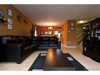 Photo 9: 3251 Jacklin Rd in VICTORIA: Co Triangle House for sale (Colwood)  : MLS®# 720346