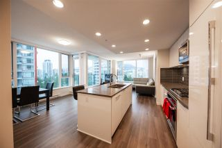 """Photo 8: 1705 3100 WINDSOR Gate in Coquitlam: New Horizons Condo for sale in """"THE LLOYD"""" : MLS®# R2475305"""