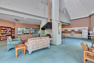 """Photo 37: 103 1745 MARTIN Drive in White Rock: Sunnyside Park Surrey Condo for sale in """"SOUTH WYND"""" (South Surrey White Rock)  : MLS®# R2617912"""