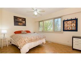 Photo 11: 1995 Hyannis Dr. in North Vancouver: Blueridge NV House for sale : MLS®# V1118139