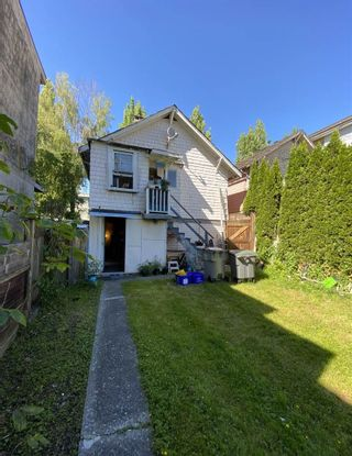 Photo 2: 1546 E. 3RD AVENUE in Vancouver: Grandview Woodland VE House for sale (Vancouver East)  : MLS®# R2461134