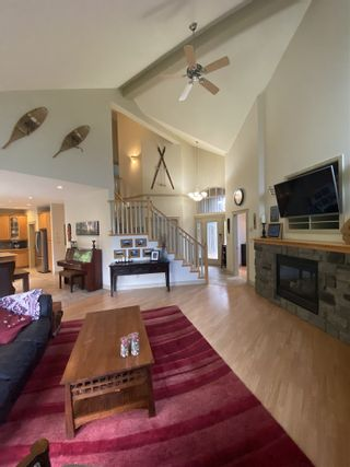 """Photo 5: 1002 PANORAMA Place in Squamish: Hospital Hill House for sale in """"Hospital Hill"""" : MLS®# R2502183"""