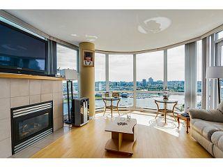 "Photo 5: 2302 1077 MARINASIDE Crescent in Vancouver: Yaletown Condo for sale in ""MARINASIDE RESORT"" (Vancouver West)  : MLS®# V1066031"