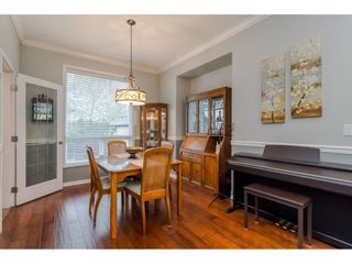 """Photo 5: 18276 69 Avenue in Surrey: Cloverdale BC House for sale in """"Cloverwoods"""" (Cloverdale)  : MLS®# R2369738"""