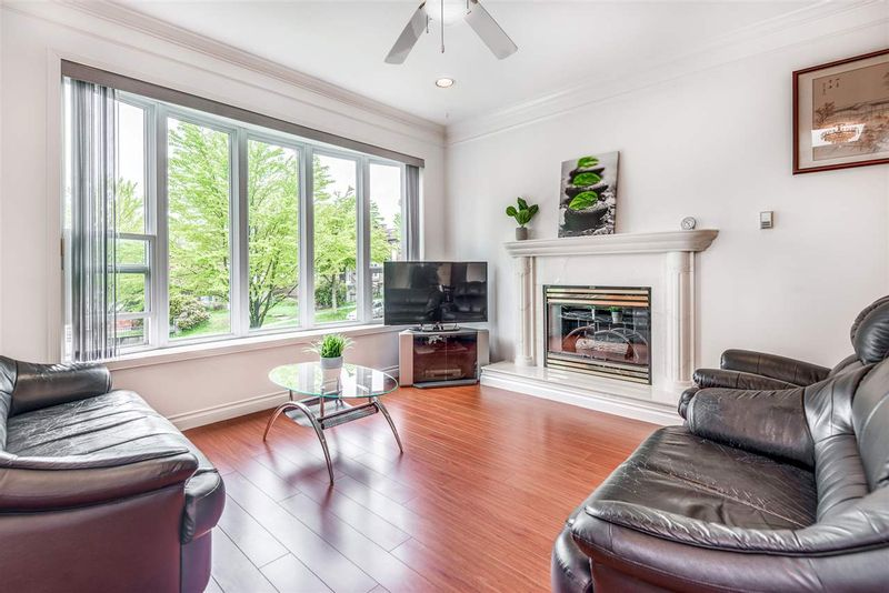 FEATURED LISTING: 3465 3RD Avenue East Vancouver