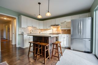 """Photo 10: 135 W ROCKLAND Road in North Vancouver: Upper Lonsdale House for sale in """"Upper Lonsdale"""" : MLS®# R2527443"""