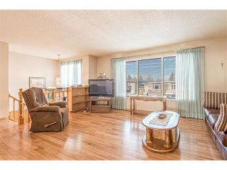 Photo 2: 7603 35 Avenue NW in Calgary: Bowness House  : MLS®# C4049295