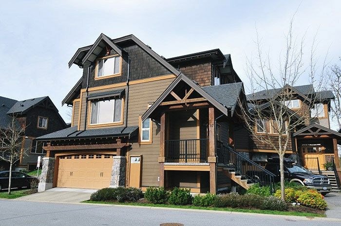 "Main Photo: 37 24185 106B Avenue in Maple Ridge: Albion Townhouse for sale in ""TRAILS EDGE"" : MLS®# R2039701"