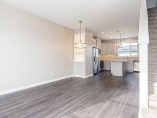 Photo 7: 32 SKYVIEW Parade NE in Calgary: Skyview Ranch Row/Townhouse for sale : MLS®# C4289138