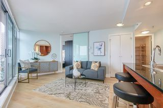 """Photo 4: 2902 1255 SEYMOUR Street in Vancouver: Downtown VW Condo for sale in """"ELAN"""" (Vancouver West)  : MLS®# R2472838"""