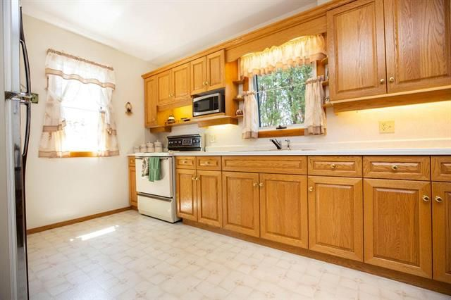 Photo 5: Photos: 46 Havelock Avenue in Winnipeg: Residential for sale (2D)  : MLS®# 1914025