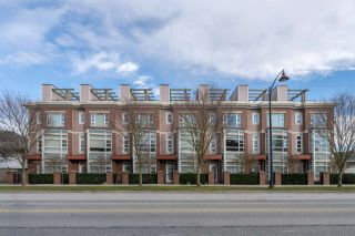 """Photo 1: 5 6600 COONEY Road in Richmond: Brighouse Townhouse for sale in """"MODENA"""" : MLS®# R2571477"""
