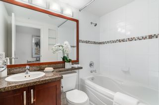 """Photo 15: 1101 1228 W HASTINGS Street in Vancouver: Coal Harbour Condo for sale in """"PALLADIO"""" (Vancouver West)  : MLS®# R2616031"""