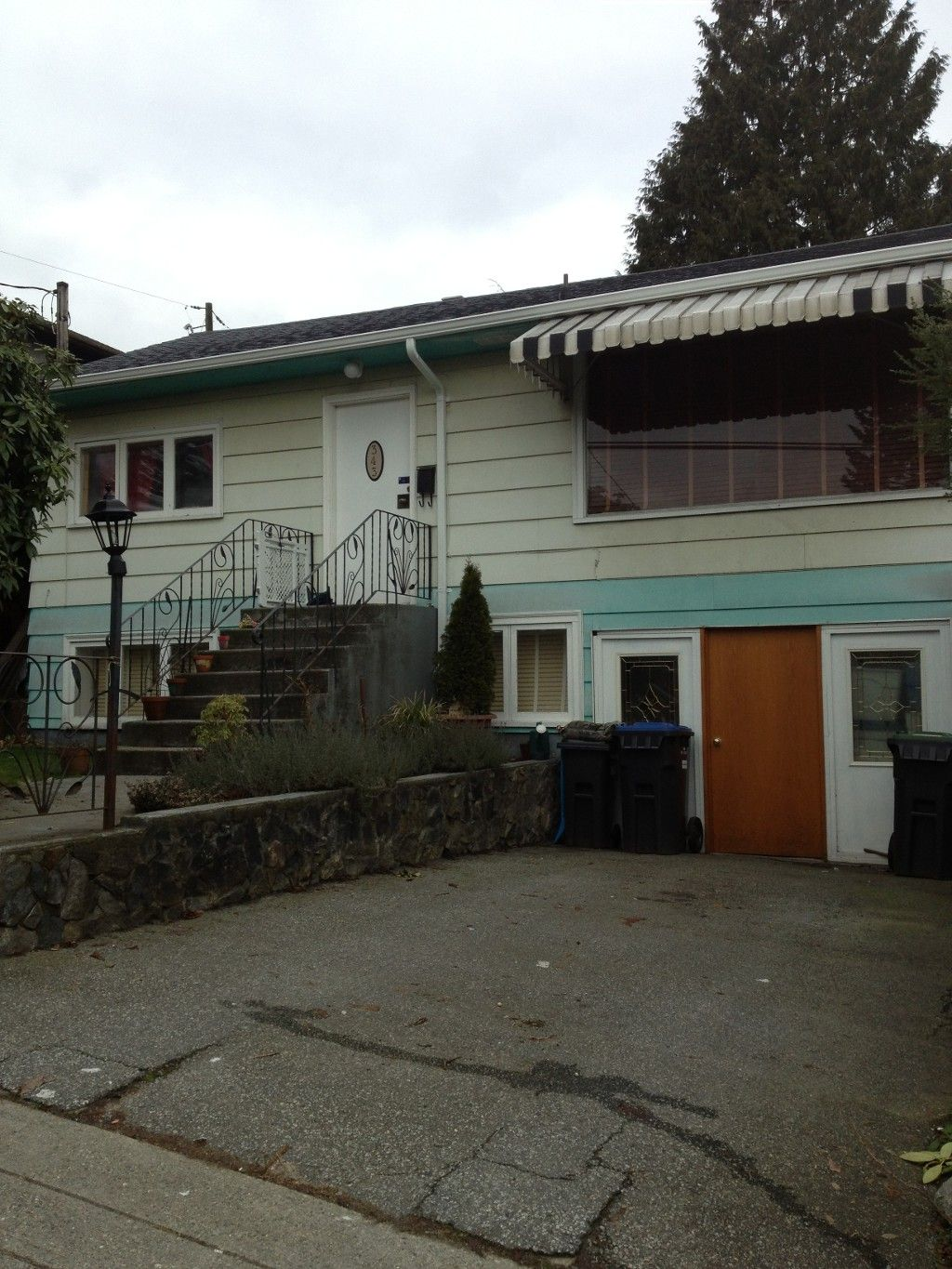 343 Hospital Street - great starter home with basement in thriving Sapperton!