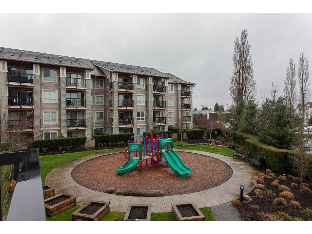 """Photo 20: Photos: 210 5655 210A Street in Langley: Salmon River Condo for sale in """"CORNERSTONE NORTH"""" : MLS®# R2152844"""