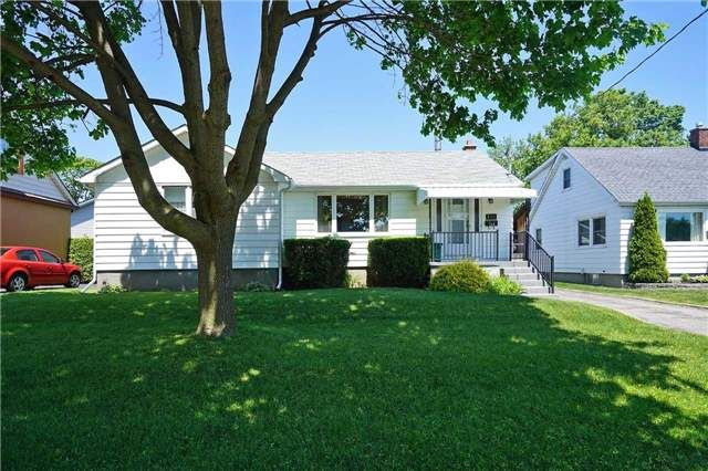 Main Photo: 120 W Beatrice Street in Oshawa: Centennial House (Bungalow) for sale : MLS®# E3511968