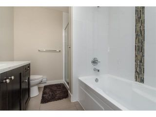 """Photo 11: 11 2950 LEFEUVRE Road in Abbotsford: Aberdeen Townhouse for sale in """"cedar landing"""" : MLS®# R2327293"""